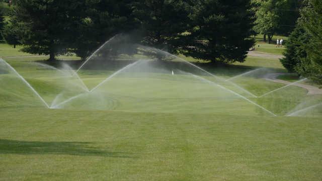 Suncrest Golf Course