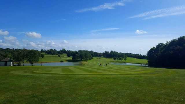 Thornbury Golf Centre - Marlwood Course